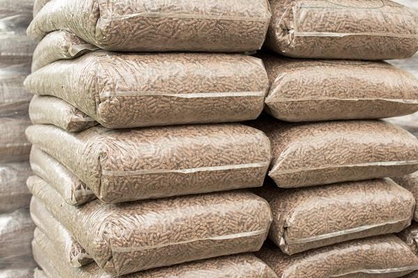 Sacs de pellets bois pour inserts, poêles ou chaudières à granulés Aqua Feu